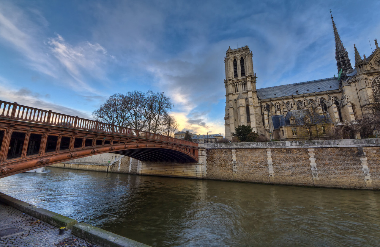 Bridge to Notre Dame