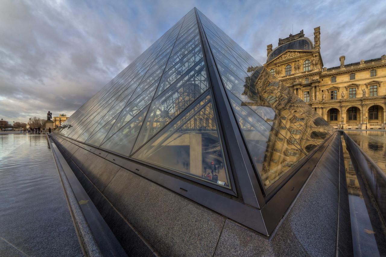 Louvre Forever