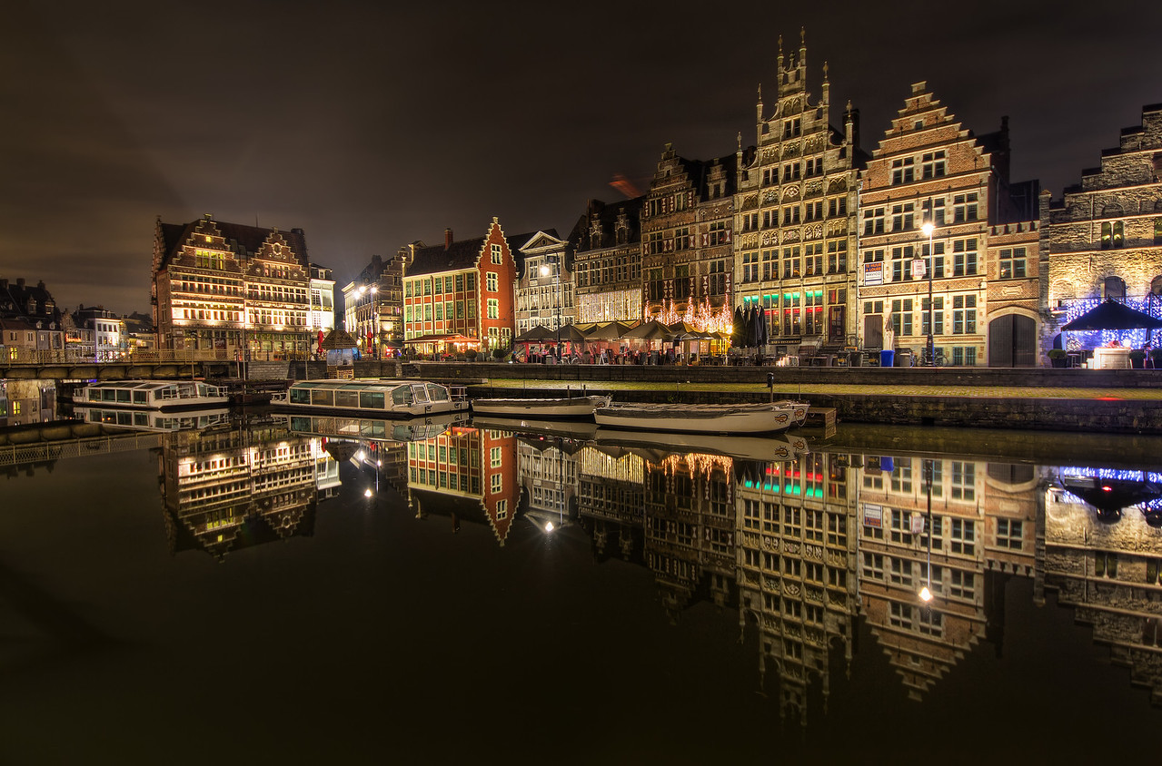 Cold Evening in Gent